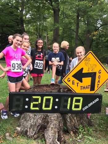 Elementary Runners Take on the Billy Goat